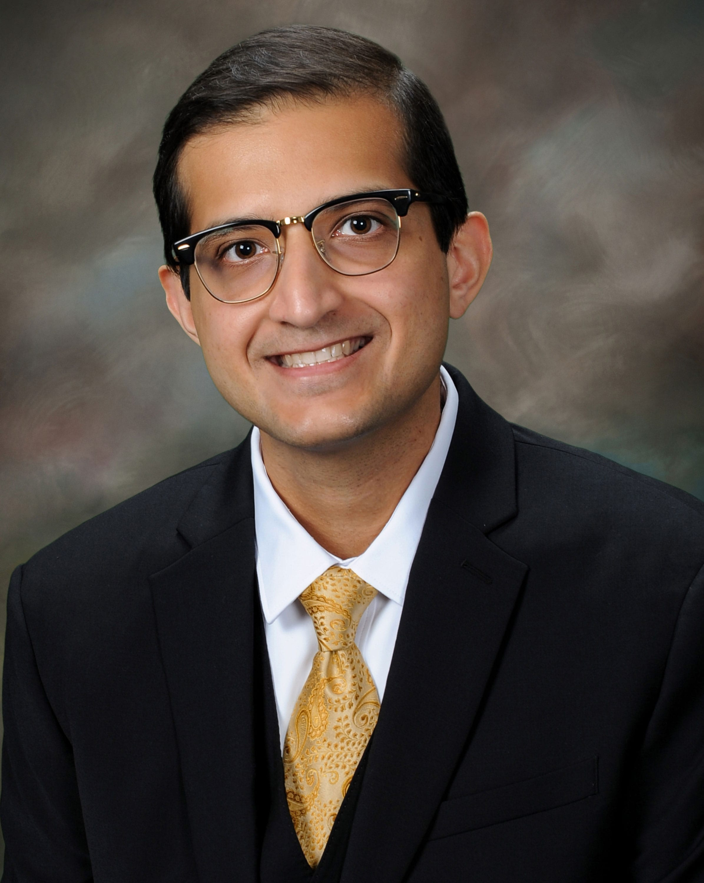 Dr. Rashid Orthopaedic Spine Surgeon